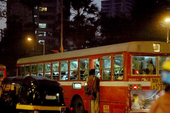 crowded bus in india, (cc) dhruv panchal